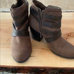 Fergalicious booties, worn 4 or 5 times